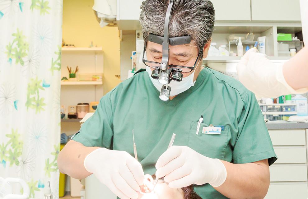銀歯や歯の黄ばみを改善し、白くて美しい歯に